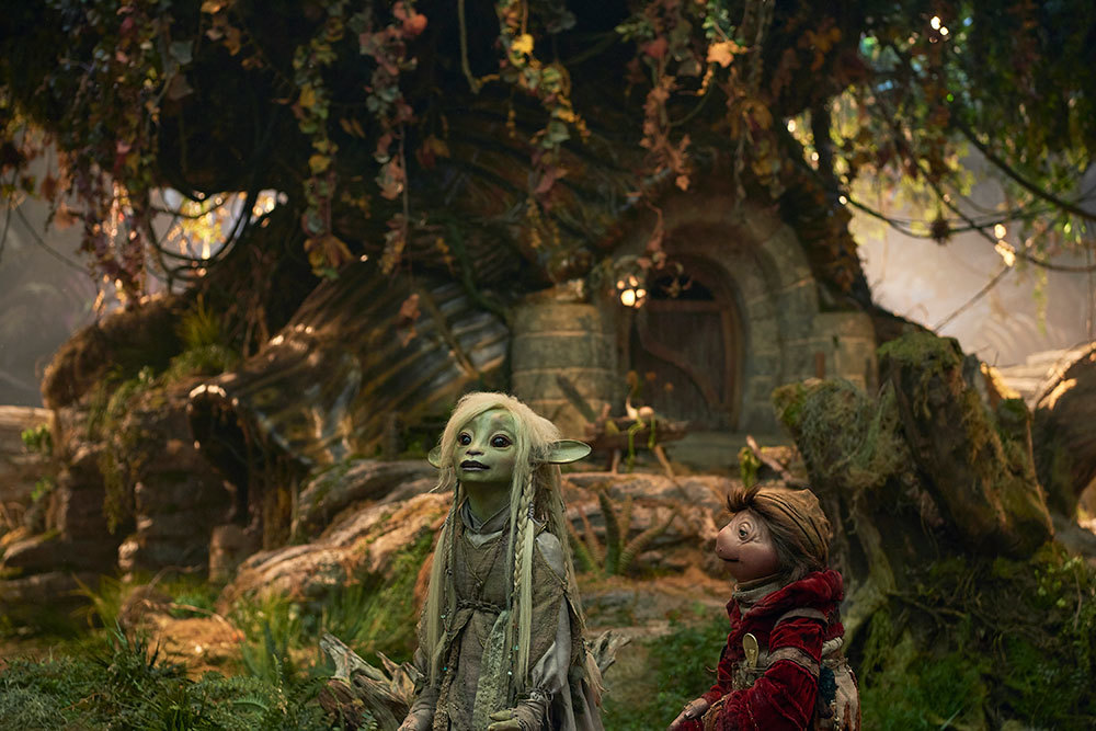 Hope Is Fragile: The Dark Crystal: Age of Resistance Reviewed by Monica Uszerowicz - BOMB Magazine